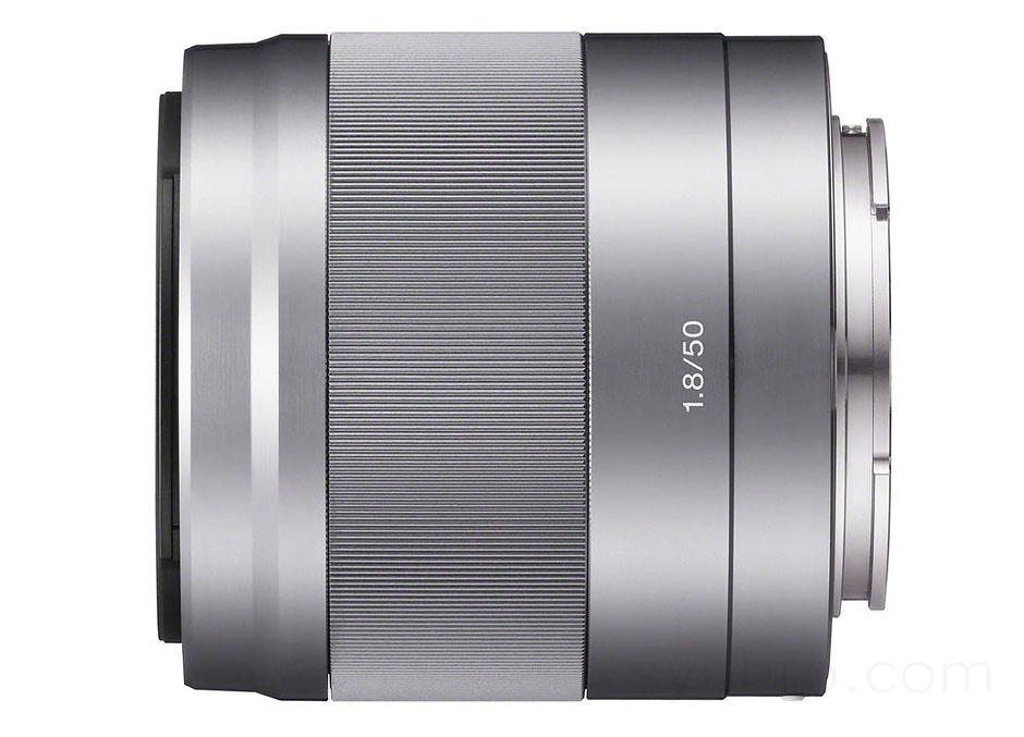 SONY SEL50F18 Silver